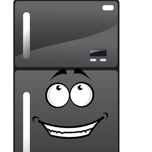 Nevera gris de dibujos animados con cara sonriente
